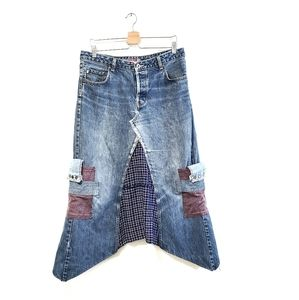 SILVER Distressed with Patches Denim Skirt 34/32